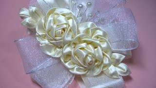 Tiara de rosas de organza