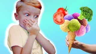 Лео и папа играют и делают фруктовое мороженое