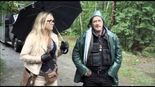A Little Bit Zombie (2012) Trailer Oficial Español