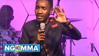 Paul Clement - Umezungukwa na sifa (Official Music Video) - Skiza Code 7637084.