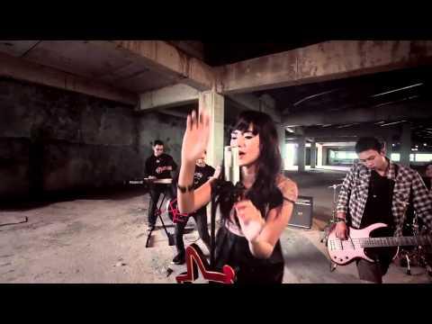 V-J BAND - SENDIRI (Official music video).mp4