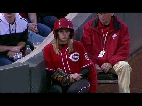 chc@cin:-reds-welcome-ballgirls-from-rbi-program