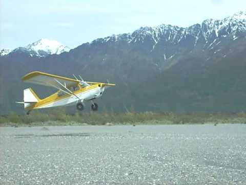 Citabria 7ECA STOL landing