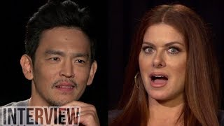 'Searching' Cast Debra Messing & John Cho ADMIT To Googling Themselves & Play 'Never Have I Ever'