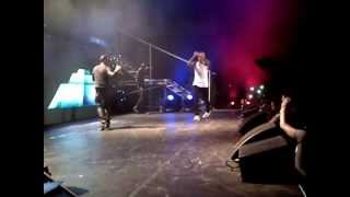 CHRIS BROWN PERFORMS WITH WIZKID