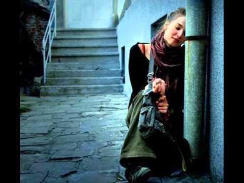 Seden Gürel - Anla Yalnızlığımı mp3 indir