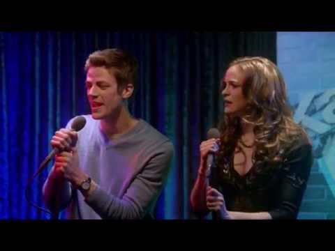 The Flash 1x12 Barry Allen and Caitlin Karaoke