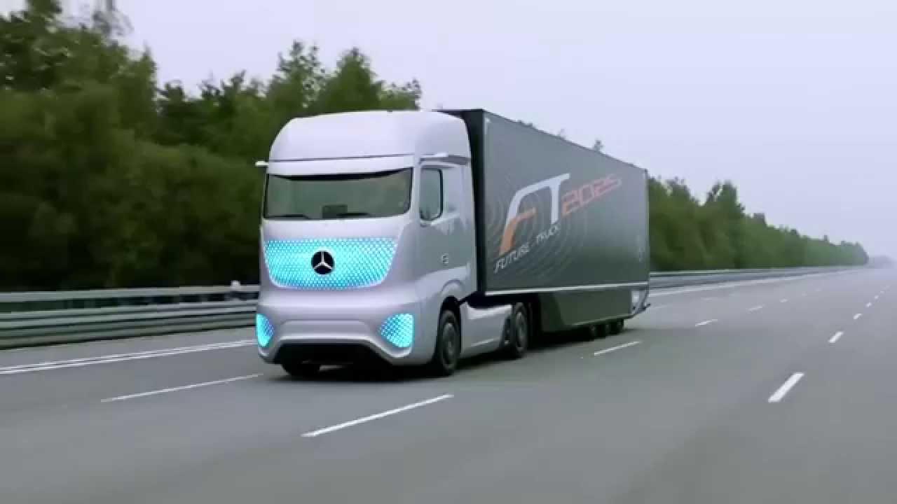 новый тягач мерседес с автопилотом видео