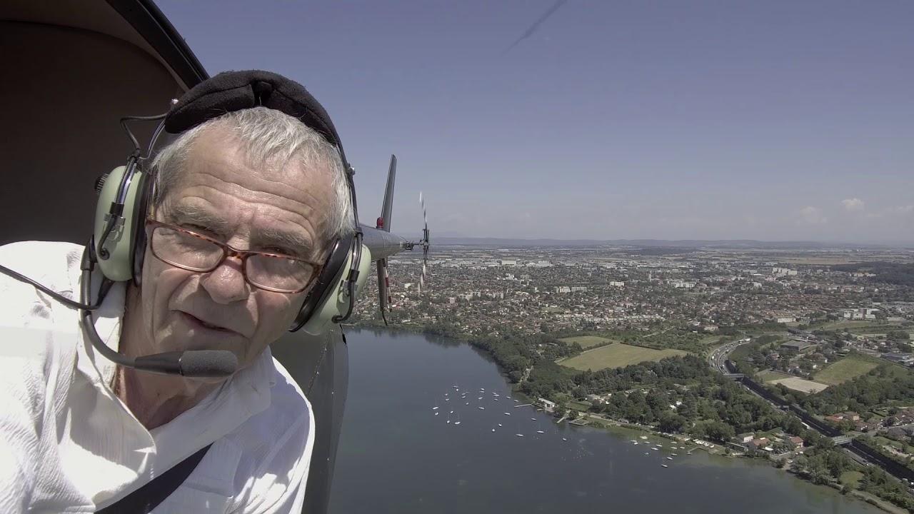Décines en aérien par Gérard Alloin le grand stade