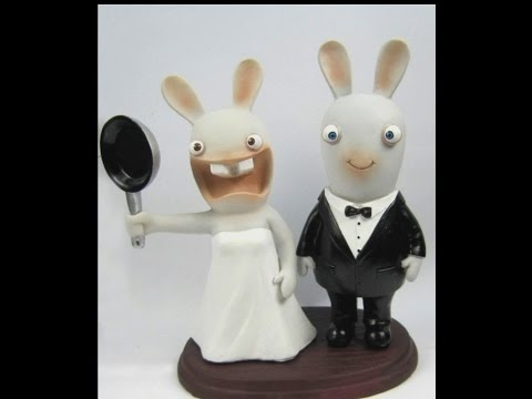 Top 10 Awesome Wedding Cake Toppers