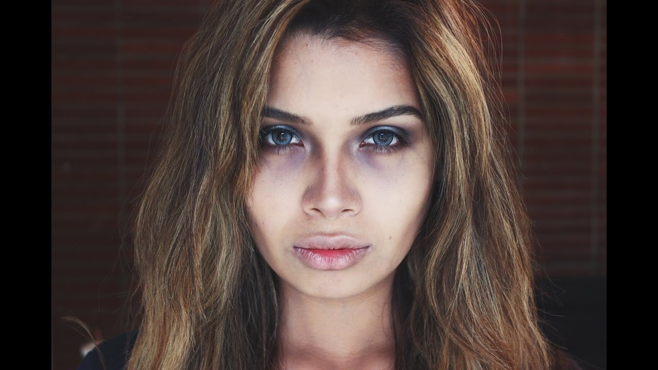 Dead Girl/Zombie Makeup Tutorial | ItsMandarin - YouTube