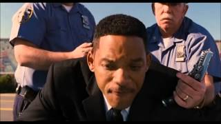 Men in Black 3 Stolen Car Scene