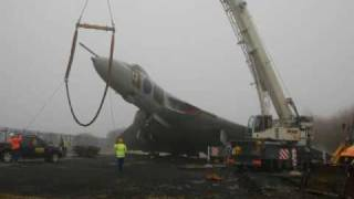 Avro Vulcan XL319 Safely Lowered to the Ground - 19th Jan 2010