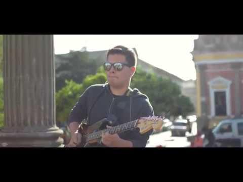 Kiko Cibrian - Bésame mucho guitar solo (cover)  by Danny de León