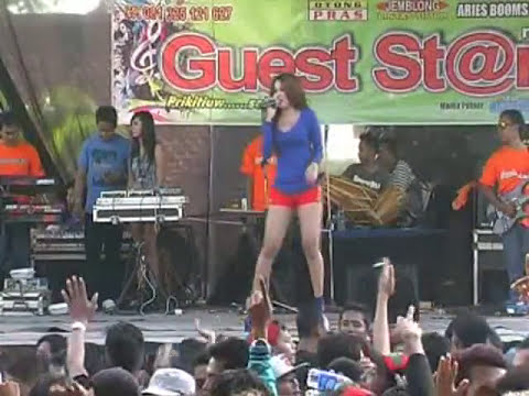 Tenda Biru Eva Rosalia Guest Star Music Dangdut Jepara