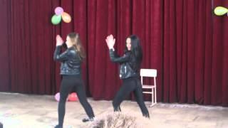 Танец в школе 11 б класс(, 2013-02-18T18:19:49.000Z)