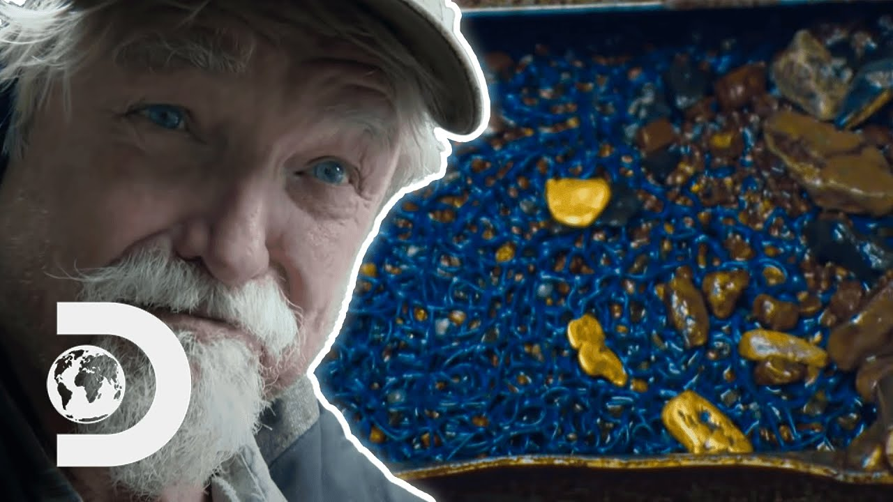 Fred Collects More Gold In One Dive Than He Has The Entire Season | Gold Rush: White Water