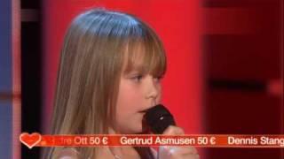 Connie Talbot & Sarah Connor - Ave Maria - live in Ein Herz für Kinder - 12.12.2009