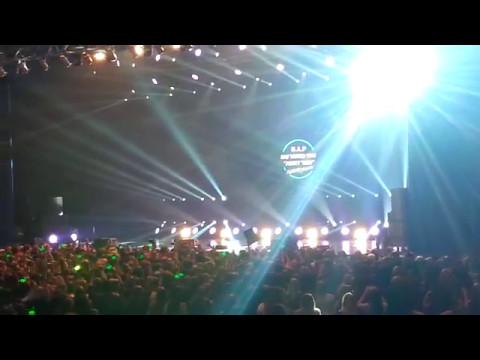 [Fancam] B.A.P - Party Baby Frankfurt Boom! [20170505] - FINAL GOODBYE + WAKE ME UP FANCHANTS