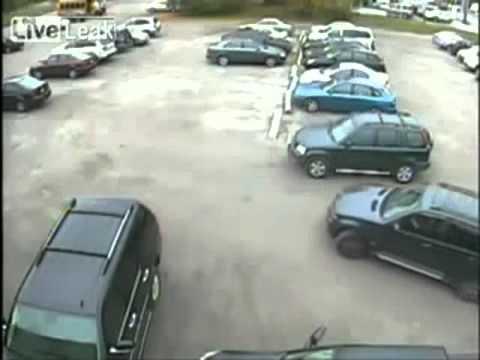Аварии на парковке  Большая нарезка видео аварий