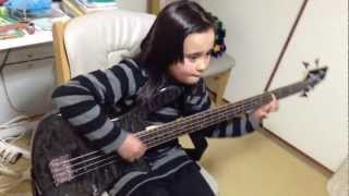 Audrey (9 years old) playing bass - Whipping Post - Allman Brothers...