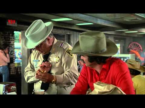 Smokey And The Bandit - Bufford T Justice Diablo Sandwich And A Dr Pepper Clip