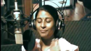 Download Ithilere Santhosham - Elizabeth Raju  [Malayalam Christian Song] MP3 song and Music Video