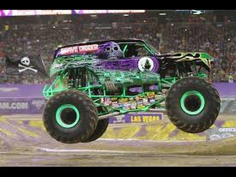 Dixie speedway monster trucks