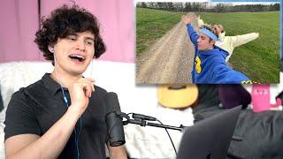 Download Lagu Vocal Coach Reacts to Ariana Grande Justin Bieber - Stuck with U MP3