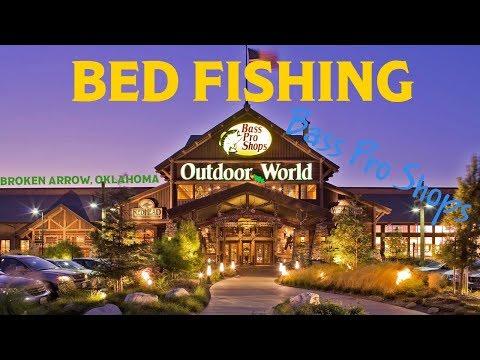 Bed Fishing - BASS PRO POND (Broken Arrow, Oklahoma)
