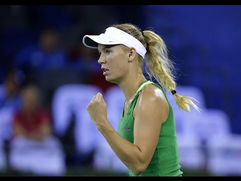 2016 Wuhan Open First Round | Caroline Wozniacki vs Sam Stosur | WTA Highlights