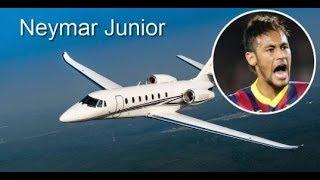 Conheça 14 famosos que tem seu próprio avião