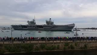 HMS QUEEN ELIZABETH COMING INTO PORTSMOUTH FOR THE FIRST TIME 16 AUGUST 2017