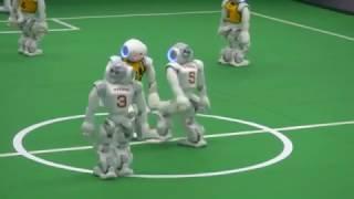 'ماتش' كرة قدم بين روبوتات .. فيديو