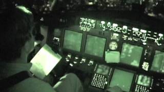Cockpit Chronicles: 737 cockpit video - takeoff and landing practice
