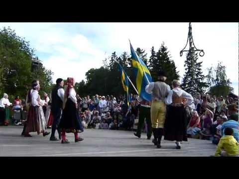 SWEDISH MIDSUMMER ~ MIDSOMMARAFTON ~ Folkdance at Skansen - Stockholm