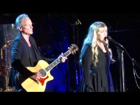 "Fleetwood Mac ""Landslide"" live - Paris 2013"