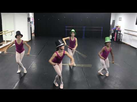 Grade 4 RAD, Aspire Ballet Dubai students wishing a happy ew Year for all dancers January 10, 2208