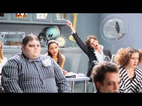Mika - Popular Song (Behind The Scenes)
