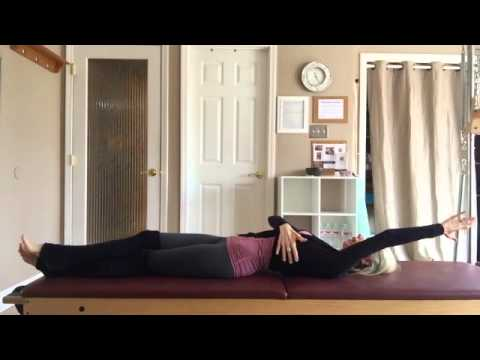 Pilates Mat: The Roll Up (Oblique Variation)