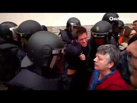 La Policía Nacional desaloja el Instituto Jaume Balmes