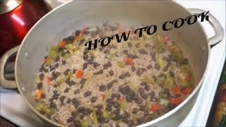 HOW TO MAKE A SIMPLE VEGETABLE VEGAN RICE AND BLACK BEAN'S RECIPE JAMAICAN ACCENT 2016