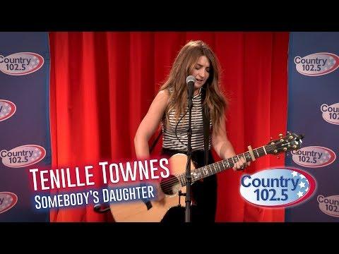 Studio 102.5:Tenille Townes - Somebody's Daughter