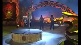 Africa's got talent - snake woman. ( Schlangenfrau)
