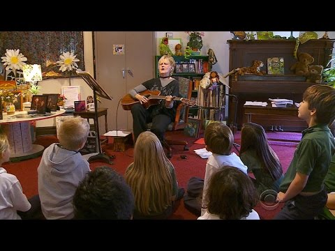 Music teacher inspires children in Minneapolis
