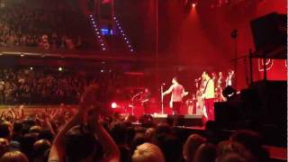 Beatsteaks - I don't care as long as you sing (Live am 10.12.2011 in Berlin)