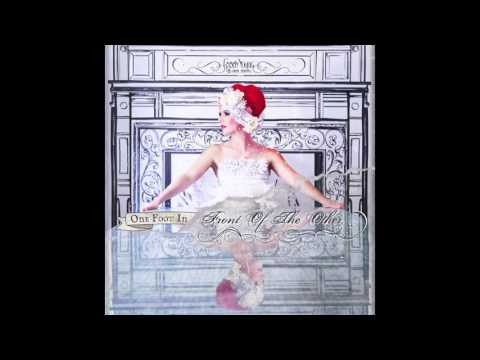 Gabby Young & Other Animals - One Foot In Front Of The Other