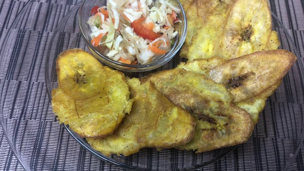 How To Make Fried Green Plantains(Banann peze,Tostones ...