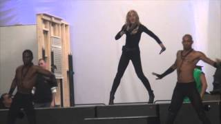 """Madonna rehearses """"Girl Gone WIld"""" for the 2012 MDNA Tour"""
