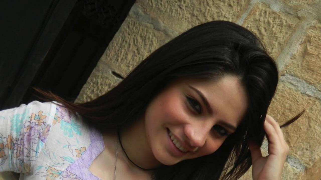 Beautiful Pakistani Actress Neelam Muneer Hot Facebook Photos